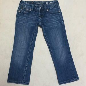 Miss Me Capri Jeans Wing Bling Button Flap Size 26